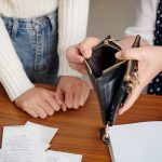 empty-wallet-is-time-for-a-cash-advance-loan-